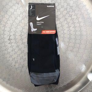 Nike Women's over the calf running socks BNWT